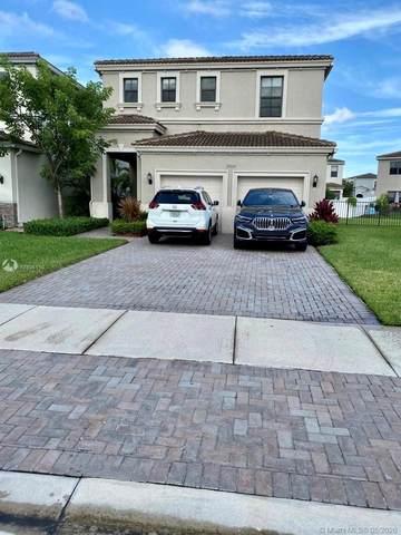 19269 NE 8th Ct, Miami, FL 33179 (MLS #A10906110) :: Berkshire Hathaway HomeServices EWM Realty