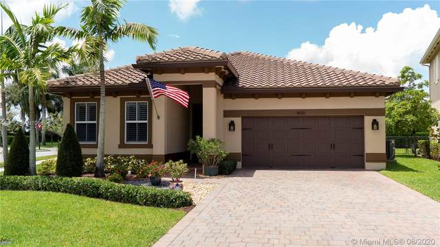 8551 Waterside Ct, Parkland, FL 33076 (MLS #A10907008) :: The Howland Group