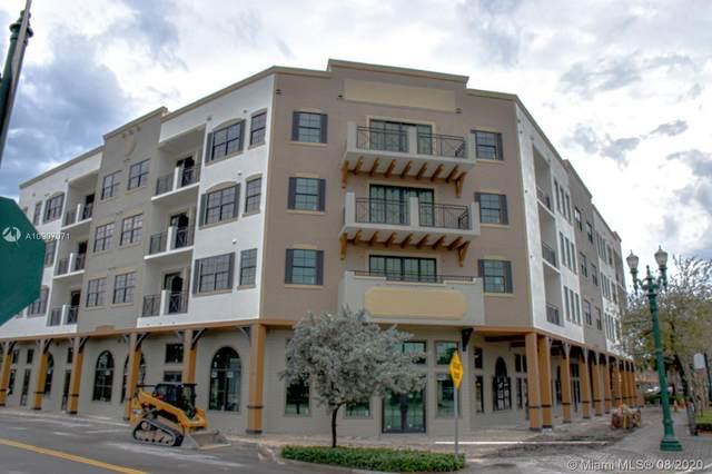 4100 Davie Rd #300, Davie, FL 33314 (MLS #A10907071) :: The Howland Group