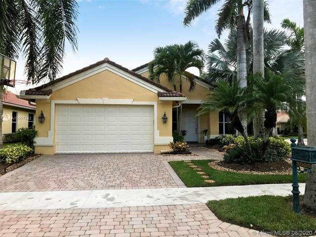 2000 Harbor View Cir, Weston, FL 33327 (MLS #A10907142) :: Albert Garcia Team
