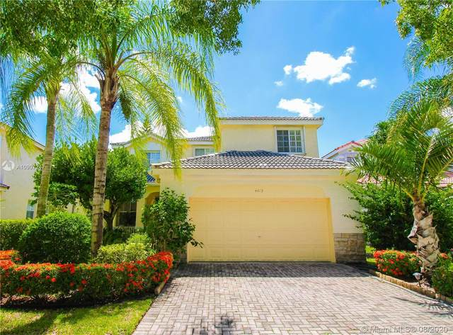 4415 Foxtail Ln, Weston, FL 33331 (MLS #A10907247) :: United Realty Group