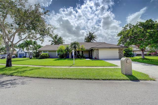 450 NW 200th Ave, Pembroke Pines, FL 33029 (MLS #A10907317) :: Green Realty Properties