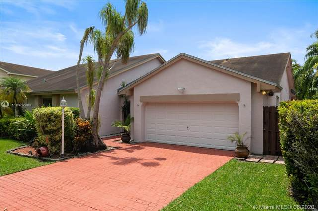 15622 SW 51st Ter, Miami, FL 33185 (MLS #A10907408) :: The Howland Group