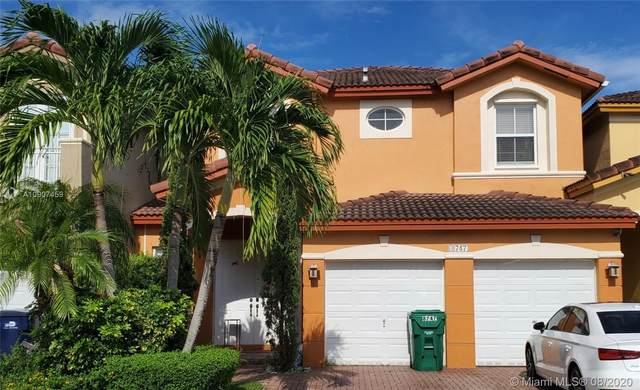 8747 NW 109th Ct, Doral, FL 33178 (MLS #A10907459) :: The Howland Group