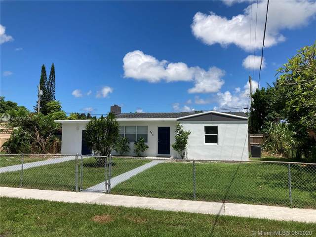 705 Beech Rd, West Palm Beach, FL 33409 (MLS #A10908129) :: Albert Garcia Team