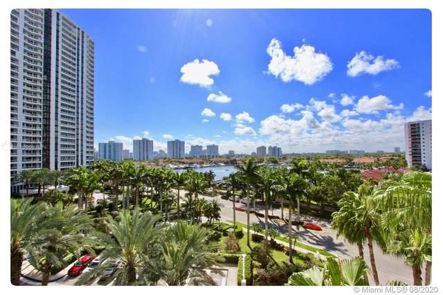 21205 Yacht Club Dr #707, Aventura, FL 33180 (MLS #A10908397) :: United Realty Group