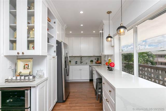 Hallandale Beach, FL 33009 :: Carole Smith Real Estate Team