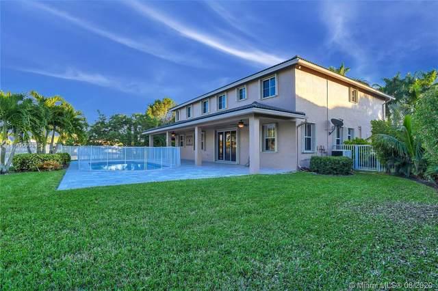 1284 Peregrine Way, Weston, FL 33327 (MLS #A10908984) :: Green Realty Properties
