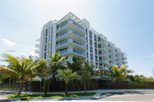 13800 Highland Dr #205, North Miami Beach, FL 33181 (MLS #A10909622) :: Ray De Leon with One Sotheby's International Realty
