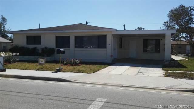 1549 W 28th St, Riviera Beach, FL 33404 (MLS #A10909720) :: Carole Smith Real Estate Team