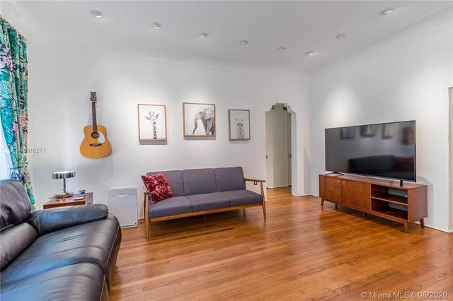 910 Lenox Ave #2, Miami Beach, FL 33139 (MLS #A10910211) :: Green Realty Properties