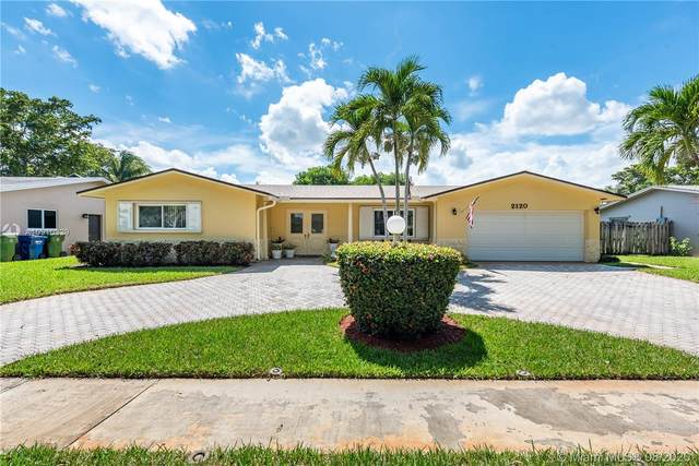2120 NW 105th Ter, Pembroke Pines, FL 33026 (MLS #A10910329) :: Castelli Real Estate Services