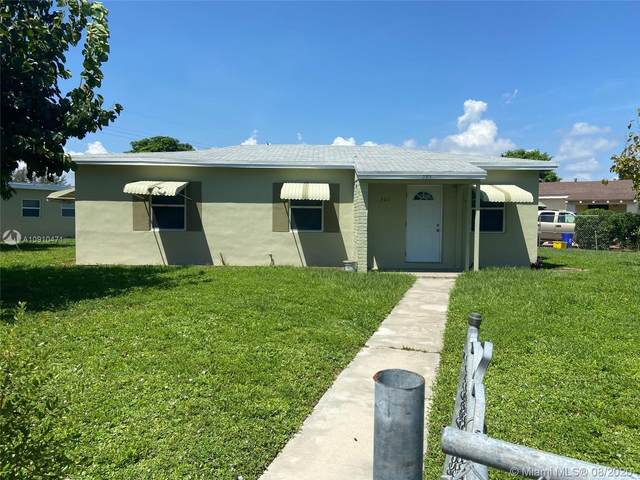 301 W 14th St, Riviera Beach, FL 33404 (MLS #A10910471) :: Albert Garcia Team