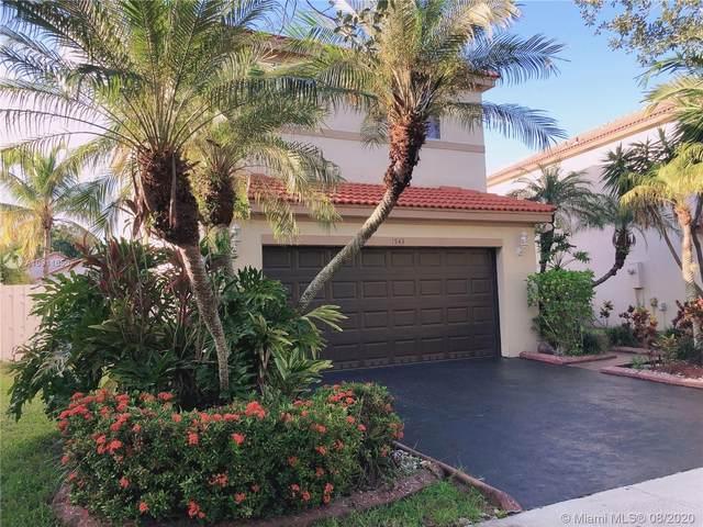 1543 Estancia Cir, Weston, FL 33327 (MLS #A10911650) :: Berkshire Hathaway HomeServices EWM Realty