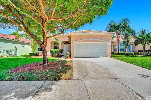 2435 SE 4th Pl, Homestead, FL 33033 (MLS #A10912324) :: Albert Garcia Team
