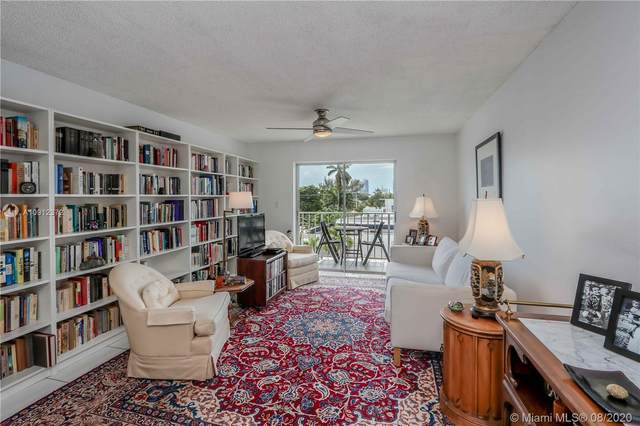 1428 Euclid Ave #403, Miami Beach, FL 33139 (MLS #A10912372) :: The Pearl Realty Group