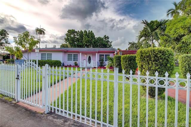 949 NE 163rd St, North Miami Beach, FL 33162 (MLS #A10912852) :: United Realty Group
