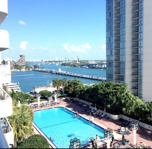 1717 N Bayshore Dr A-3050, Miami, FL 33132 (MLS #A10912883) :: The Pearl Realty Group