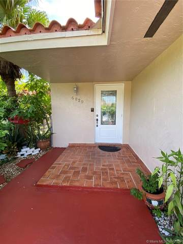 6829 SW 106th Ct, Miami, FL 33173 (MLS #A10915128) :: The Azar Team