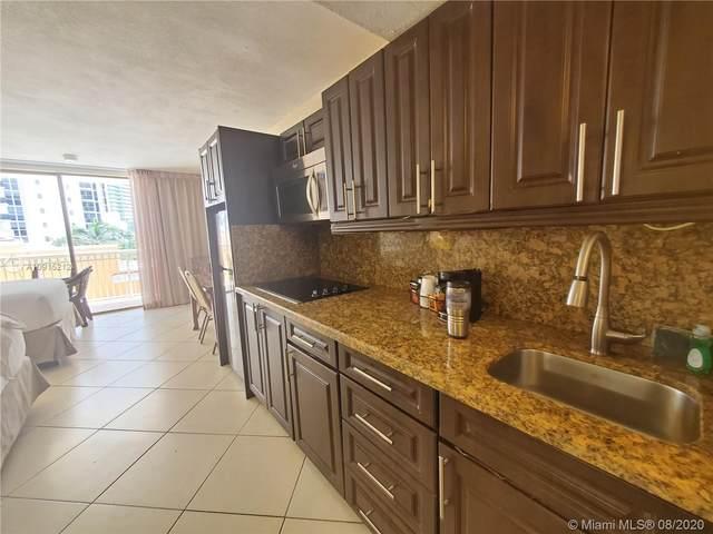 19201 Collins Ave #302, Sunny Isles Beach, FL 33160 (MLS #A10915212) :: Berkshire Hathaway HomeServices EWM Realty