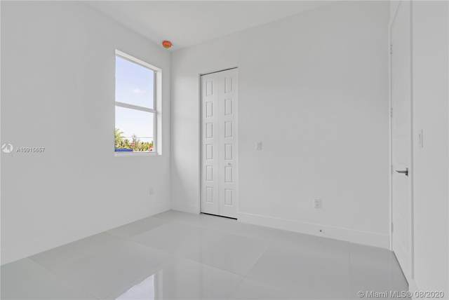 29117 SW 167 AV, Homestead, FL 33030 (MLS #A10915657) :: Dalton Wade Real Estate Group