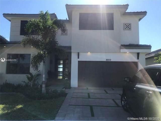 8850 NW 160th Ter, Miami Lakes, FL 33018 (MLS #A10915753) :: Miami Villa Group
