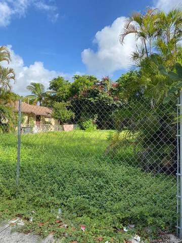 129 NW 30th St, Miami, FL 33127 (MLS #A10915910) :: Berkshire Hathaway HomeServices EWM Realty