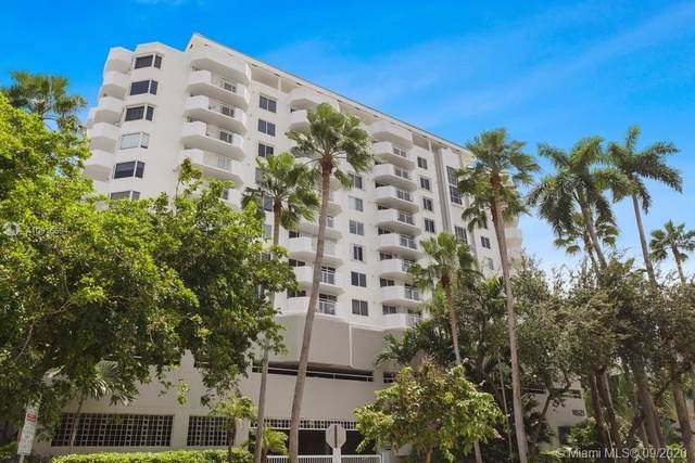 1621 Bay Rd #701, Miami Beach, FL 33139 (MLS #A10916694) :: ONE Sotheby's International Realty