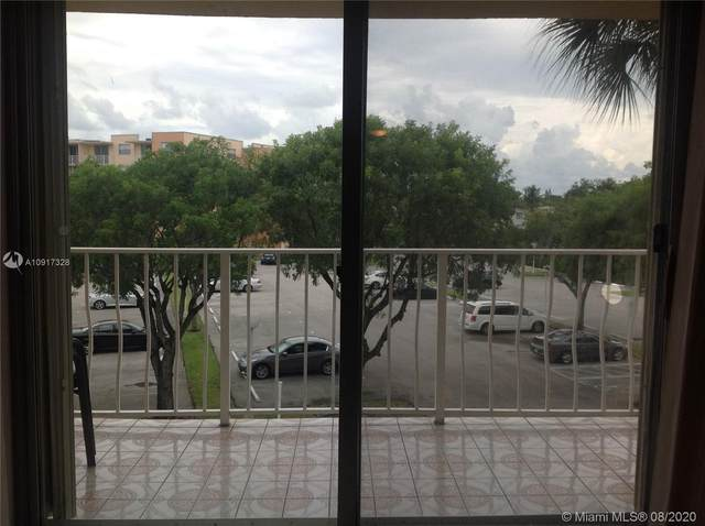 470 Executive Center Dr 3J, West Palm Beach, FL 33401 (MLS #A10917328) :: Ray De Leon with One Sotheby's International Realty