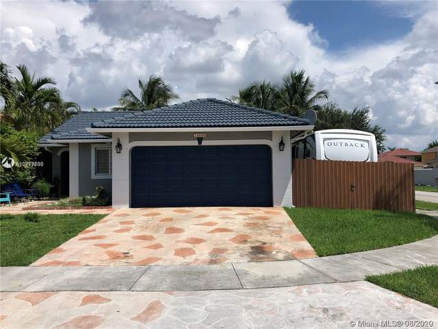 14305 SW 182nd Ter, Miami, FL 33177 (MLS #A10917700) :: Laurie Finkelstein Reader Team