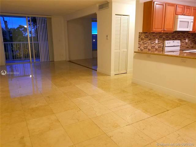 2000 NE 135th St #411, North Miami, FL 33181 (MLS #A10918056) :: ONE Sotheby's International Realty