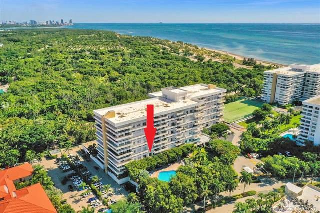 155 Ocean Lane Dr #303, Key Biscayne, FL 33149 (MLS #A10918554) :: Green Realty Properties