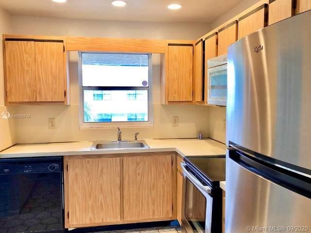 5090 SW 64th Ave #305, Davie, FL 33314 (MLS #A10920774) :: Berkshire Hathaway HomeServices EWM Realty