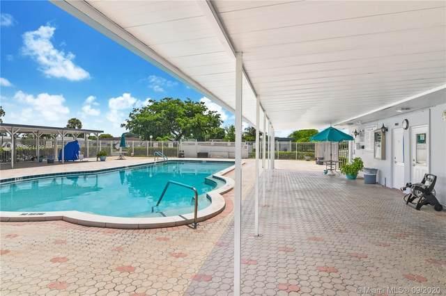 7250 NW 9th St, Margate, FL 33063 (MLS #A10921199) :: Berkshire Hathaway HomeServices EWM Realty
