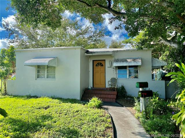 2020 Van Buren St, Hollywood, FL 33020 (MLS #A10921425) :: Castelli Real Estate Services