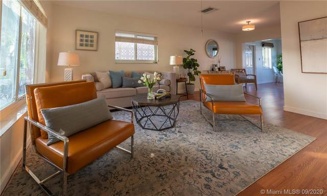 5906 NW 68th Ter, Tamarac, FL 33321 (MLS #A10921724) :: Berkshire Hathaway HomeServices EWM Realty