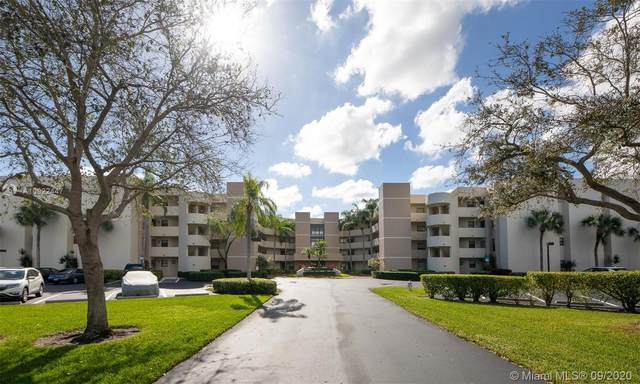 5851 Camino Del Sol #400, Boca Raton, FL 33433 (MLS #A10922447) :: Berkshire Hathaway HomeServices EWM Realty