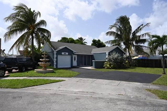 20334 NW 34th Ave, Miami Gardens, FL 33056 (MLS #A10922653) :: Albert Garcia Team