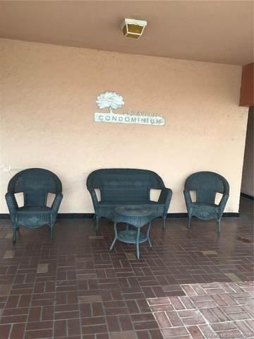 1900 W 68th St I302, Hialeah, FL 33014 (MLS #A10922699) :: ONE Sotheby's International Realty