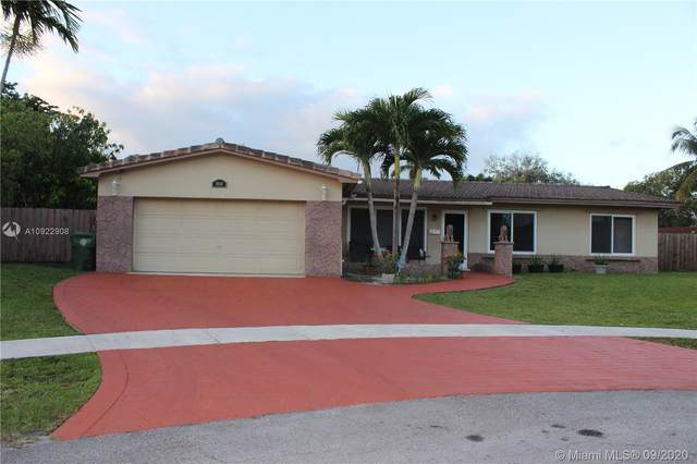 8650 NW 23rd St, Pembroke Pines, FL 33024 (MLS #A10922908) :: Albert Garcia Team