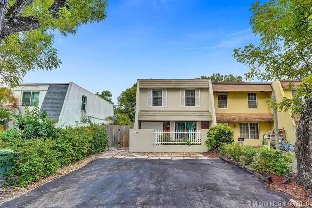 7592 NW 73rd Ter #7592, Tamarac, FL 33321 (MLS #A10923262) :: Berkshire Hathaway HomeServices EWM Realty