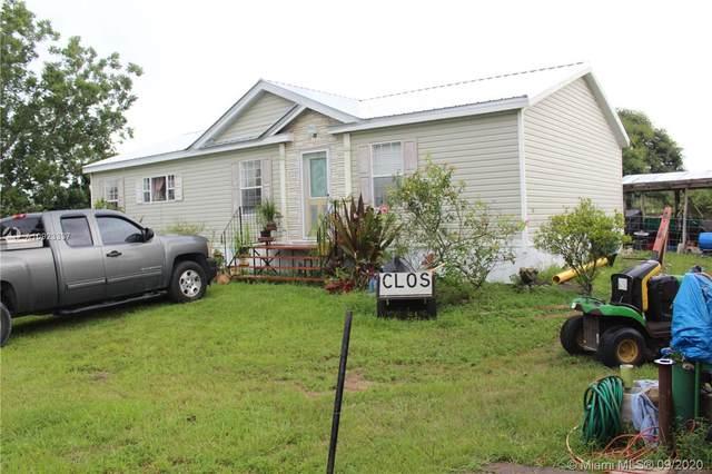 535 N Coral, Clewiston, FL 33440 (MLS #A10923337) :: Berkshire Hathaway HomeServices EWM Realty