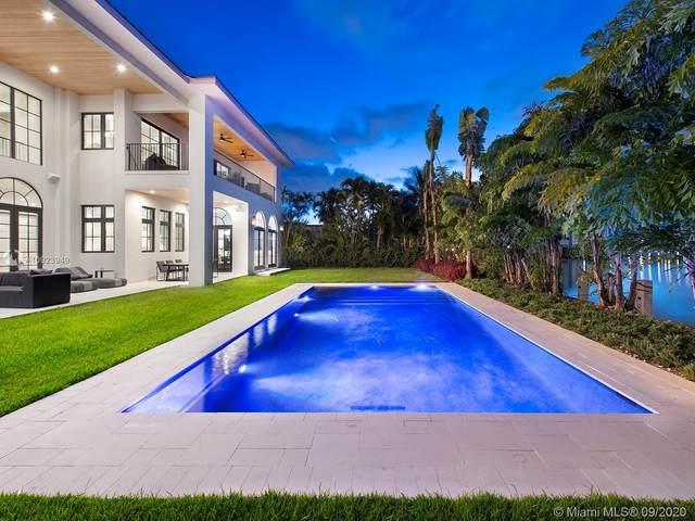 406 Tamarind Dr, Hallandale Beach, FL 33009 (MLS #A10923949) :: Julian Johnston Team