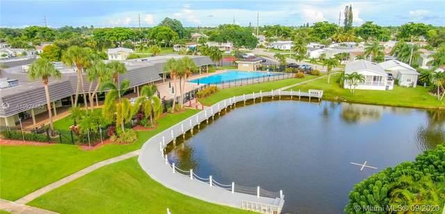 1267 SW 114 AVE, Davie, FL 33325 (MLS #A10924863) :: Berkshire Hathaway HomeServices EWM Realty