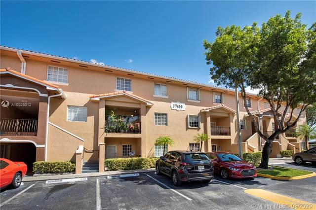 17455 NW 75th Pl #111, Hialeah, FL 33015 (MLS #A10925012) :: Berkshire Hathaway HomeServices EWM Realty