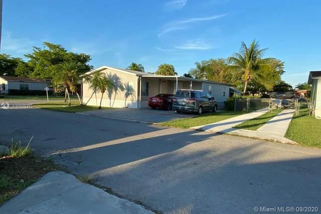 19800 SW 180 AVE #323, Miami, FL 33187 (MLS #A10925393) :: Berkshire Hathaway HomeServices EWM Realty