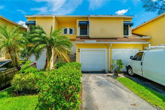 371 SW 95th Ter, Pembroke Pines, FL 33025 (#A10925752) :: Real Estate Authority