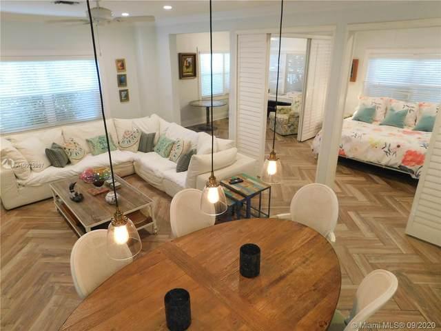 316 Oregon St, Hollywood, FL 33019 (MLS #A10925967) :: Berkshire Hathaway HomeServices EWM Realty