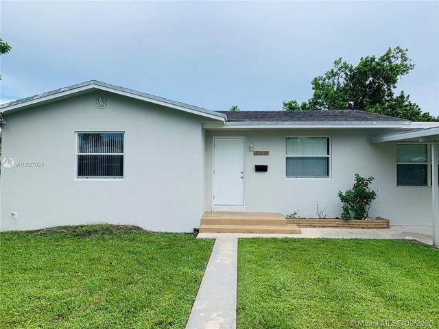2300 Garfield St, Hollywood, FL 33020 (MLS #A10927025) :: Berkshire Hathaway HomeServices EWM Realty