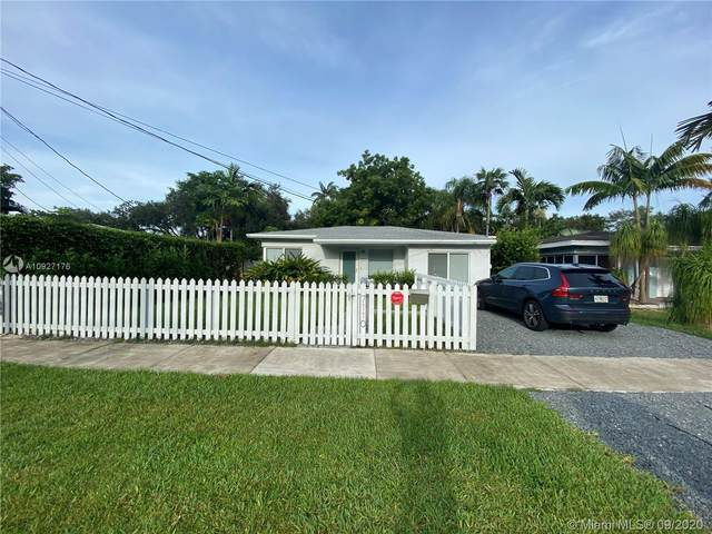 7110 SW 63rd Ave, South Miami, FL 33143 (MLS #A10927176) :: The Riley Smith Group